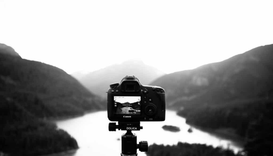 Best beginner film-maker DSLR and lenses setup