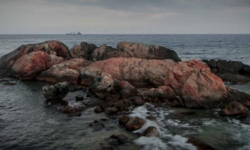 sad ocean rocks rd